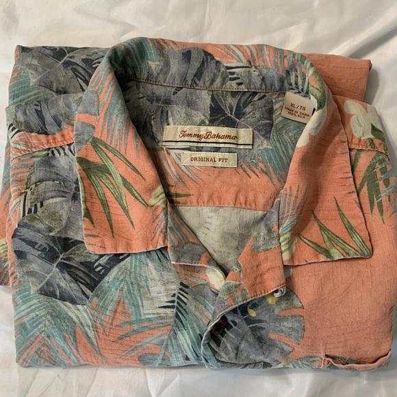 Tommy Bahama Other - Mens shirt